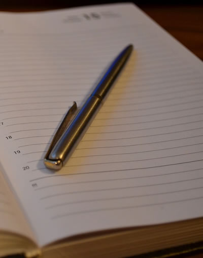 diary writing tips How to write a diary entry  diary entry 2 here are some tips that will help your diary look real  scramble / idioms and phrases / diary writing.